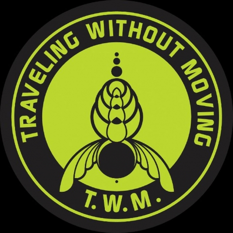 "( TWM 003 ) SPACETRAVEL - Labirinto 2020 (12"") Traveling Without Moving"